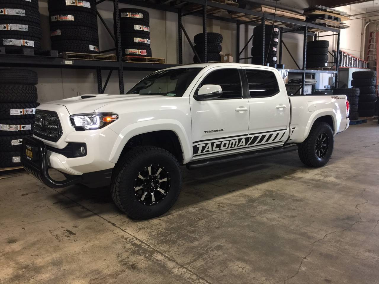 Photo Gallery - 2017 White Tacoma