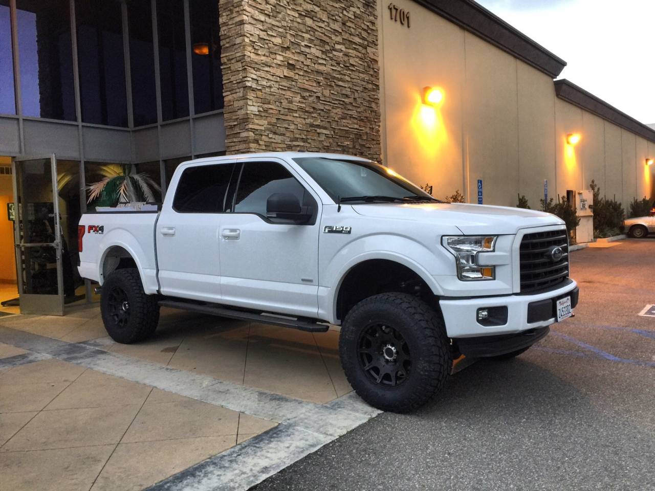 Photo Gallery 2017 White F150